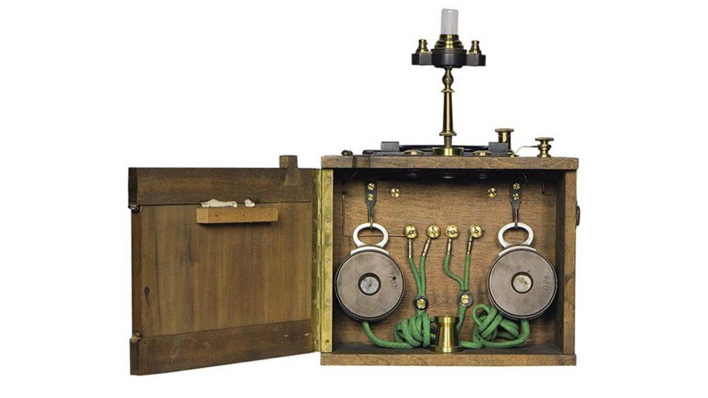Телефонный приемник системы Попова-Дюкрете 1900 г